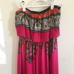 Dresses & Skirts - Hot pink paisley print maxi dress